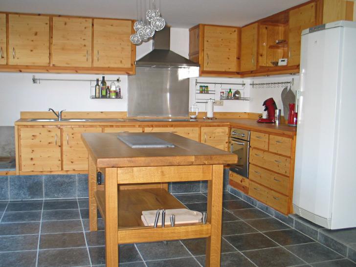 Cuisine equipee entre bois et rivi reentre bois et rivi re for Cuisine equipee tarif